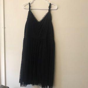 LBD -V neck lace dress w liner & adjustable straps